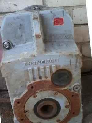 Плоский насадной мотор-редуктор Bonfiglioli F