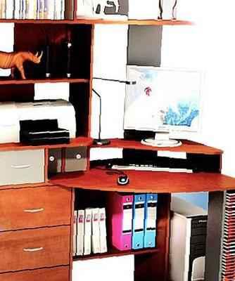 """Компьютерный стол """"астор"""", бу в Черемшане, цена 12430 рублей."""